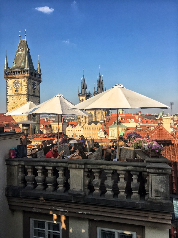 Terrace in the heart of prague u prince dubaistyle4ever for Terrace u prince prague